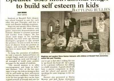 Speaker uses motivational magic to build self esteem in kids